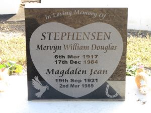 Stephensen, Mervyn William Douglas & Magdalen Jean (nee Collins)